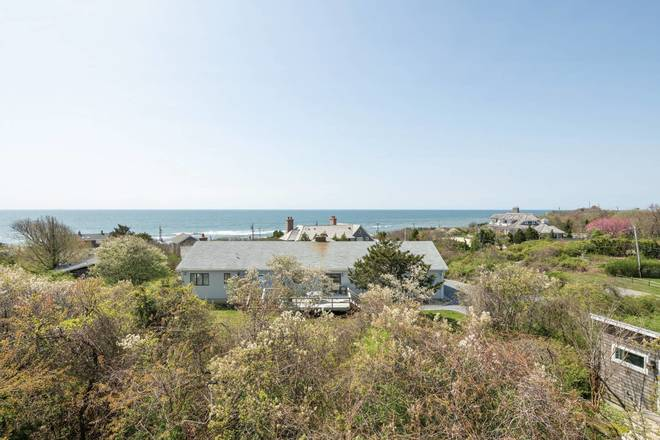 24 Washington Drive, Montauk, NY 11954 (Sold NYStateMLS